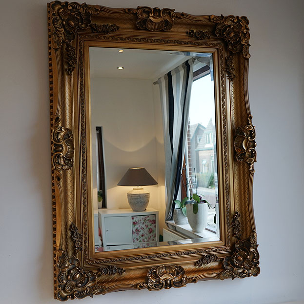 Beautiful gouden barok spiegel brede lijst with ophang for Goedkope barok spiegel