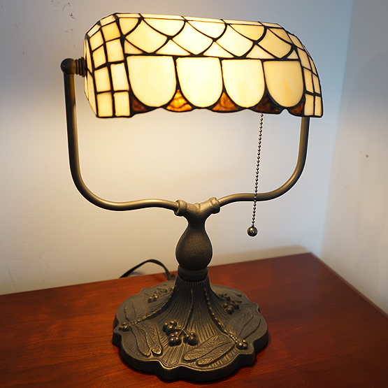 tiffany bureaulamp brooklyn usi maison
