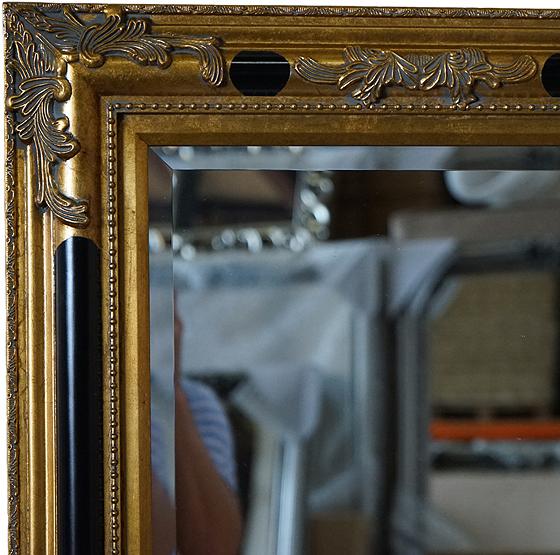 Barok spiegel poussin goud met zwart usi maison for Barok spiegel