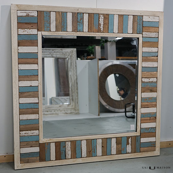 spiegel chania mit holzrahmen usi maison. Black Bedroom Furniture Sets. Home Design Ideas