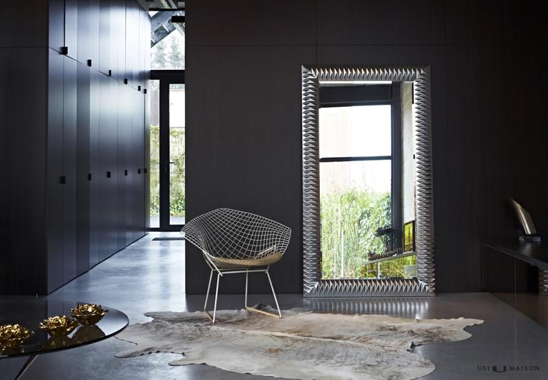 Design spiegel nick in het zilver nu verkrijgbaar usi for Grote spiegel