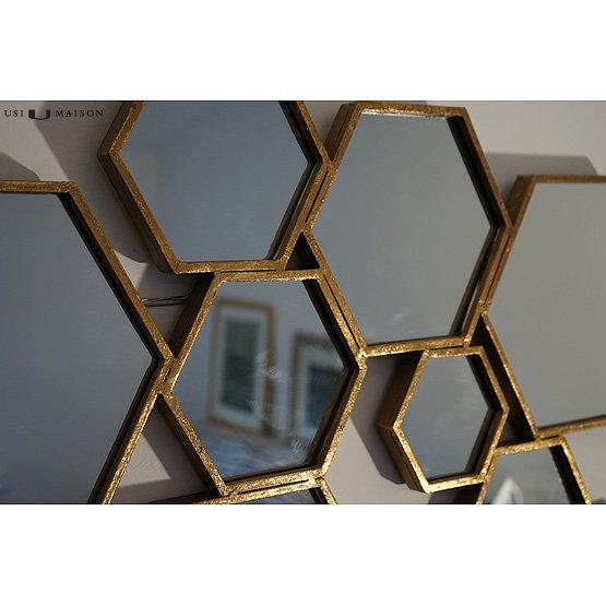 hexagon spiegel goud detail