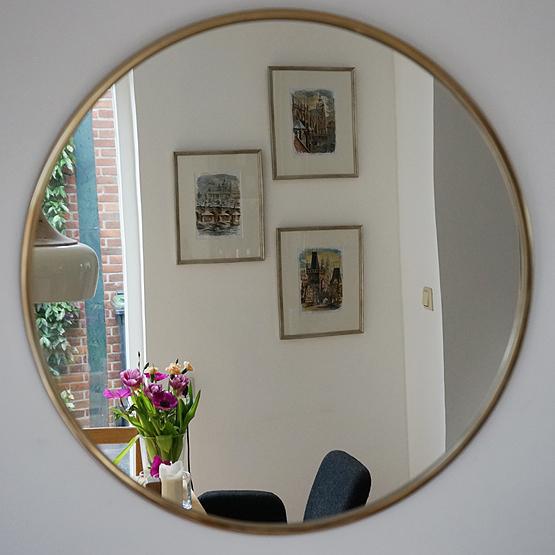prachtige ronde spiegel consetta goud direct leverbaar