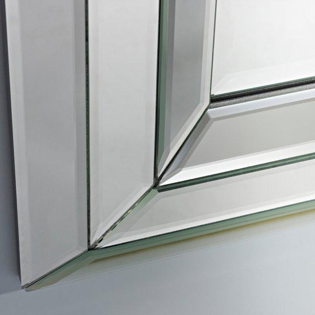 Moderne spiegel bright van deknudt mirrors nu verkrijgbaar usi maison - Moderne spiegels ...