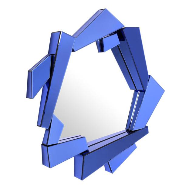 moderne spiegel met blauwe lijst