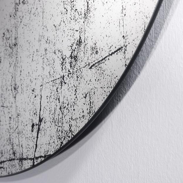Grunge Deknudt Spiegel Detail